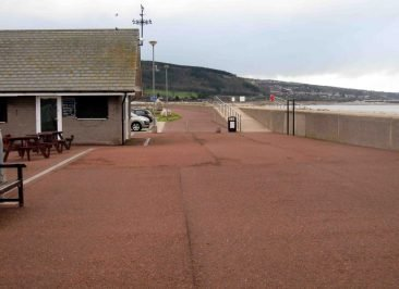 Pensarn Conwy CBC - can you see the centre post?