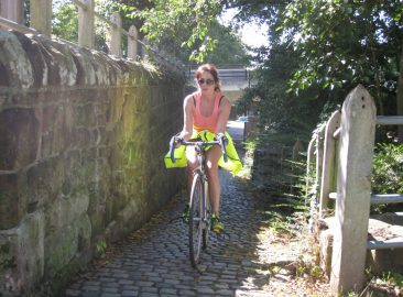 Cycling -Chester lock gates